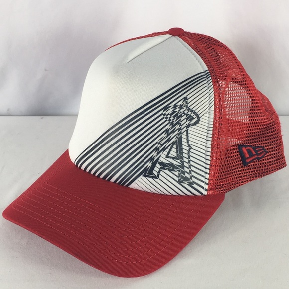 5829d2950a4f8 Anaheim Angels Trucker Baseball Hat. M 5bbd75a612cd4a160b61e2df